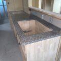 石天板キッチン